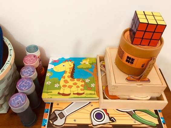 Materiales y juegos a disposición