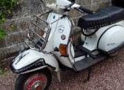 Moto vespa piaggio  de origen italiana