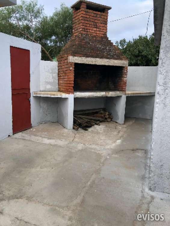 Casa alquila barrio sarubi