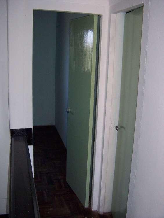 Entradas a dormitorio general matrimonio abierto y pegado el de los dos hijos, los dos con vista al rió de la plata.
