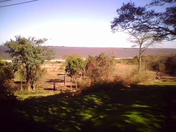 Foto desde la terraza al rió de la plata, distancia 250 metros aproximado.