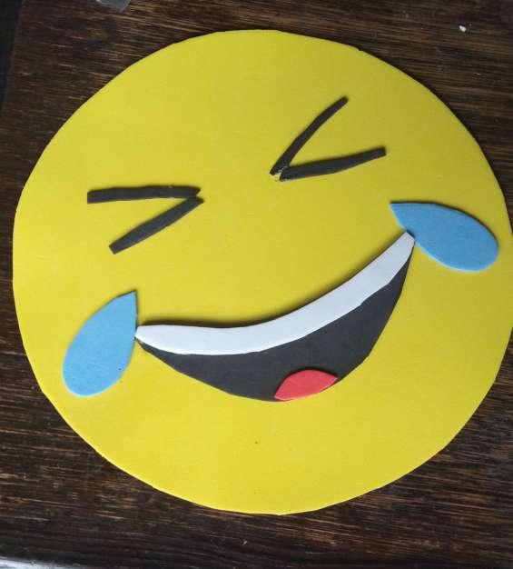 Vinchas emojis en goma eva