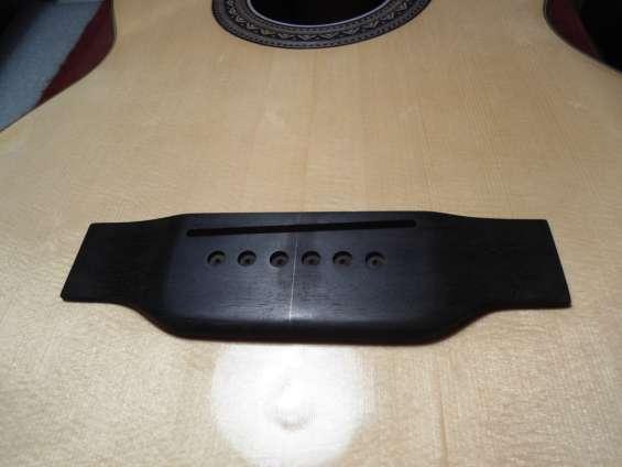 Reparación, lustre, construcción guitarras y bajos