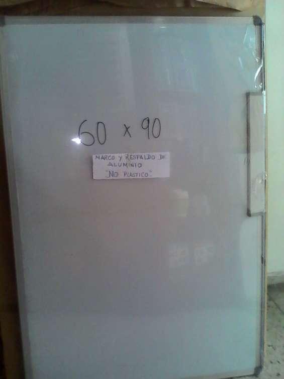 Pizarra blanca marco y respaldo de aluminio 60 x 90 kon tiki