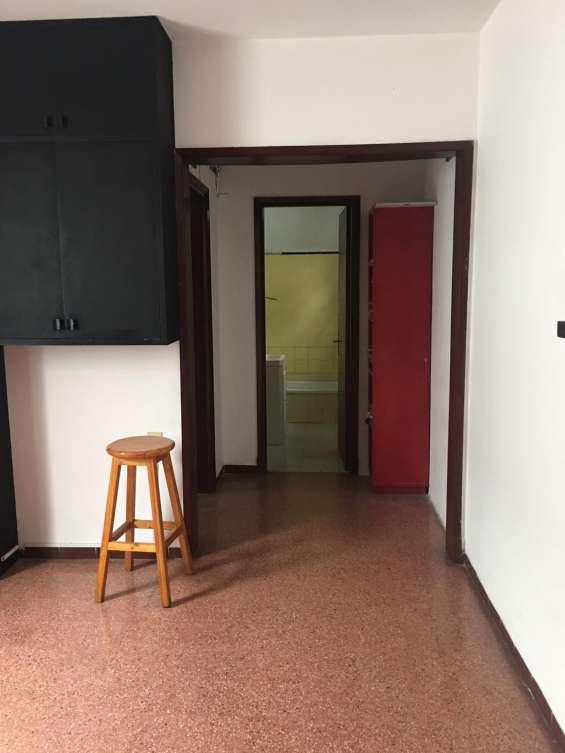 Alquilo apartamento de 1 dormitorio, excelente ubicacion!!!
