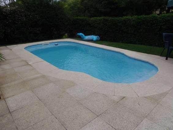 Lugano cabaña con piscina cerca del shopping