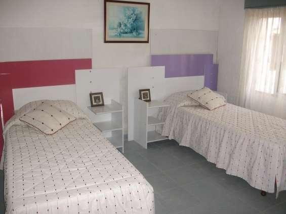Fotos de Vendo excelente casa 2 plantas a 2 y 1/2    de la playa pleno centro 6
