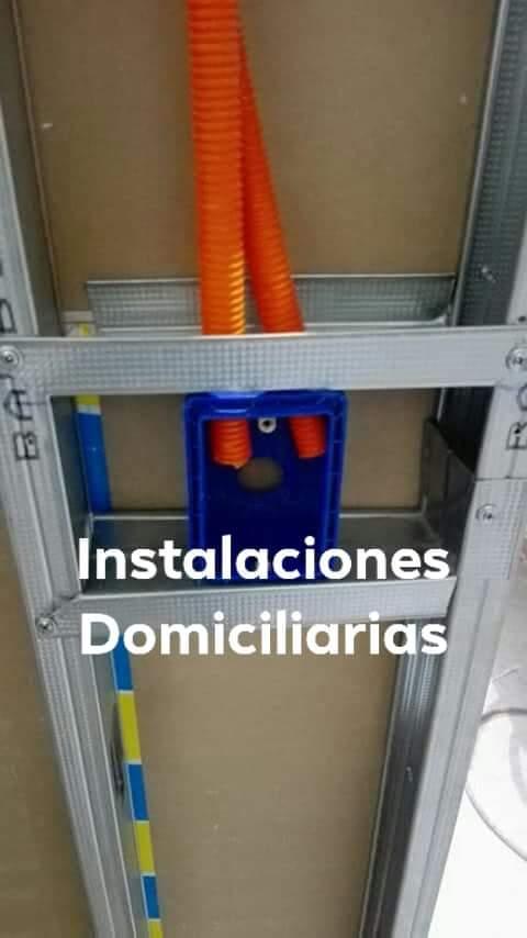Construcciones 098 016 121