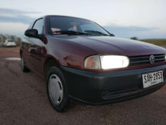 Vendo auto volkswagen gol g2 año 1998 impecable